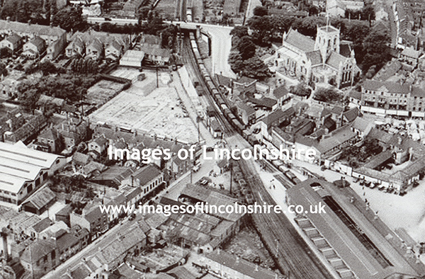 St_James_Church_Grimsby_from_the_Air_1933
